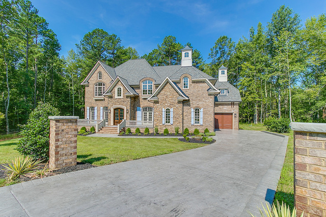 First Ever Acre Homesite Estate Neighborhood In Hallsley